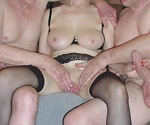 Category: girls and cock size